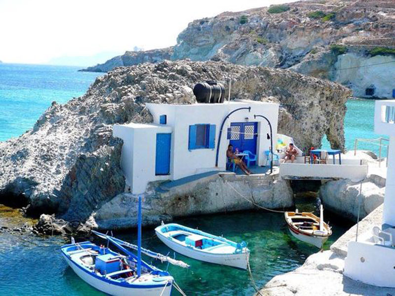 Skyros rock home